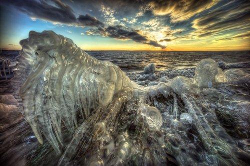Сверхъестественные ландшафты после ледяного шторма (10 фото)