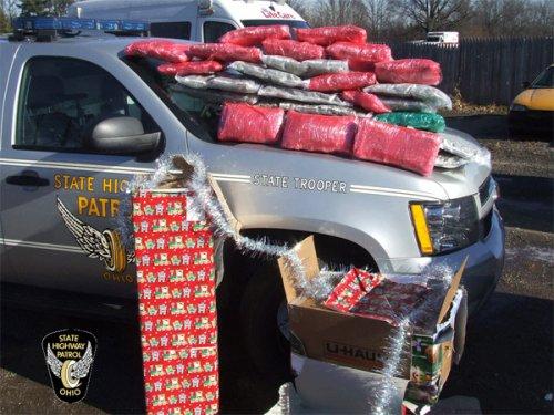 Нелепые рождественские преступления (10 фото)