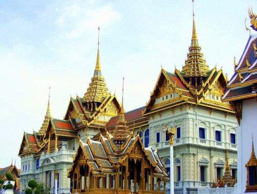 Топ-25: самые впечатляющие резиденции глав государств