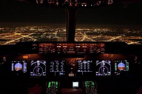 В кабине пилотов (18 фото)