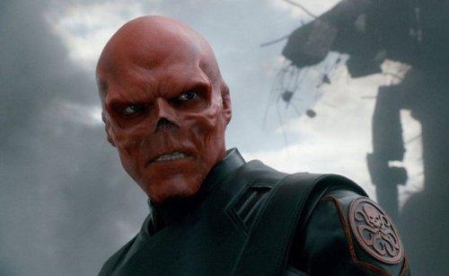 Модификация тела под Red Skull (9 фото)