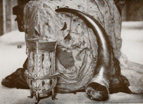 Топ-10: Самые загадочные реликвии в мире