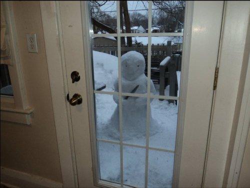 Снеговики-страшилки (16 фото)