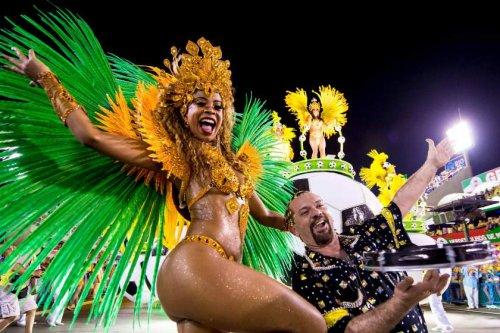 Бразильский карнавал 2015 в Рио-де-Жанейро (38 фото)