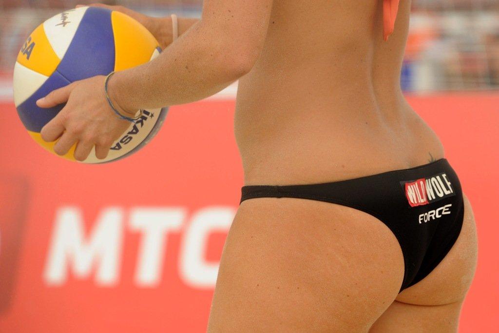 Женские попки пляжного волейбола фото 474-237