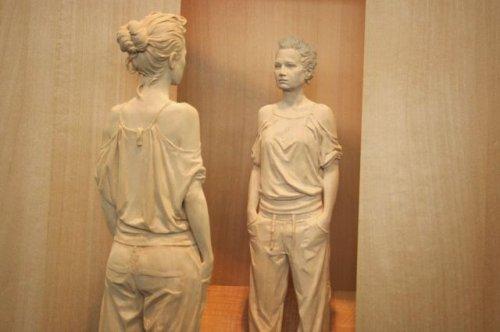 Реалистичные деревянные скульптуры (25 фото)
