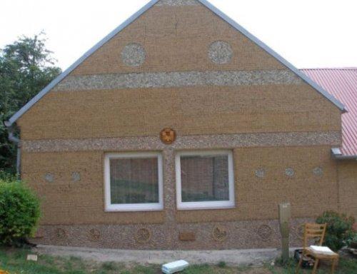 Топ-10: Дома, построенные из переработанных материалов