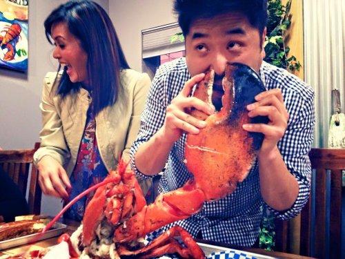 8-килограммовый омар на праздничный обед (5 фото)