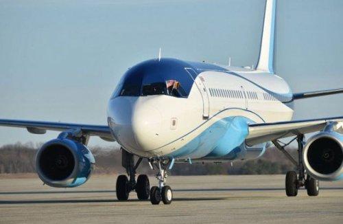 Внутри самолёта принца Чарльза (10 фото)