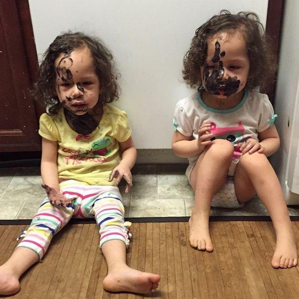 Открытка маленькие детки маленькие бедки