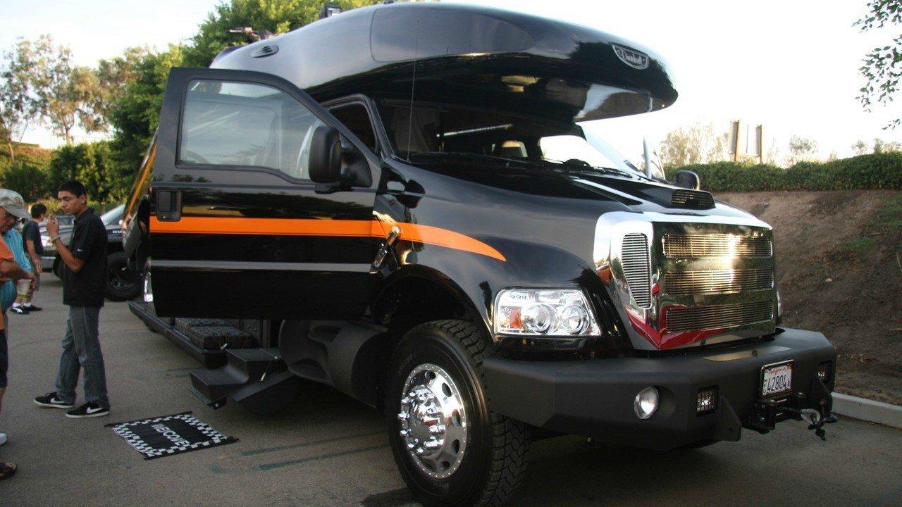 Самые большие легковые автомобили (10 фото) 5673233522a