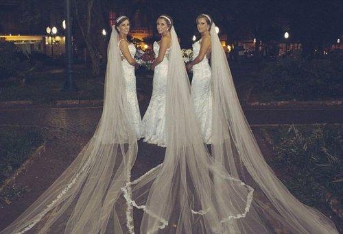 Тройная свадьба сестёр-близняшек (6 фото)