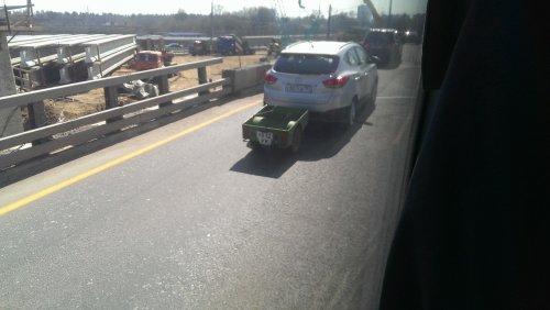 Автомобильный юмор в прикольных картинках (19 фото)