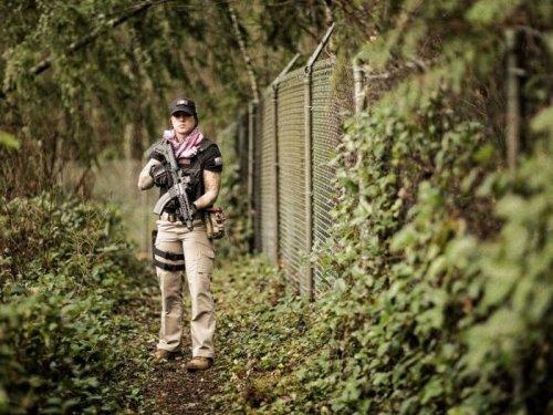 Охотница на африканских браконьеров Кинесса Джонсон (23 фото)