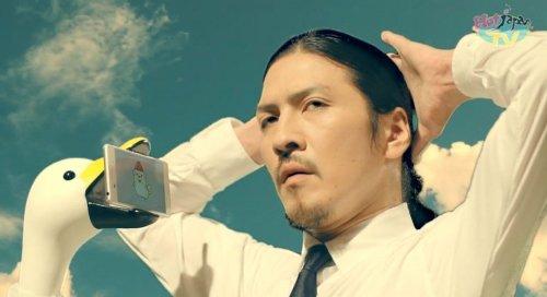 Лебединая шея – держатель для смартфона, который освободит ваши руки (4 фото + видео)