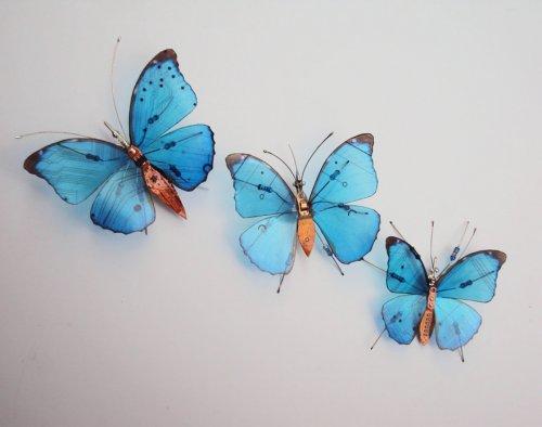 Потрясающие миниатюрные скульптуры насекомых из компьютерных компонентов (15 фото)