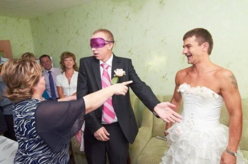 Смішні і забавні весільні знімки з глибинки (21 фото)