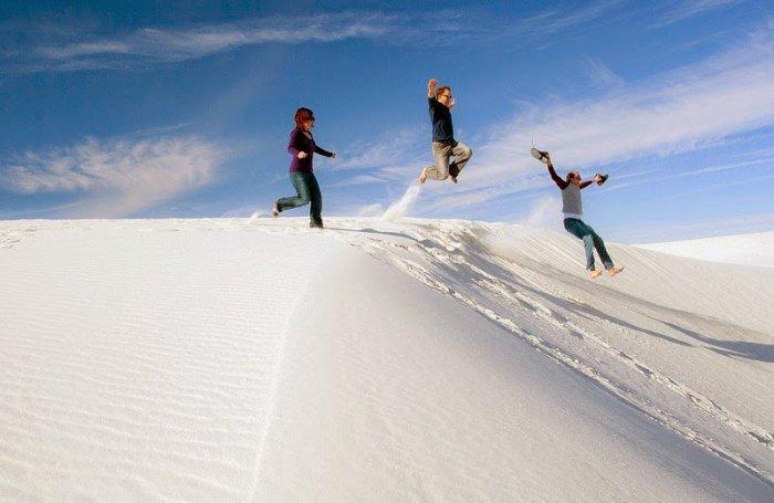 Белоснежная пустыня Уайт-Сандс (10 фото)