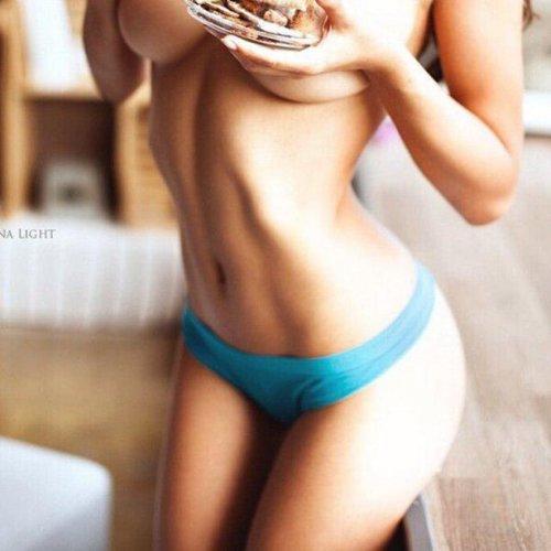 Эротическая модель Хельга Лавкэти (24 фото)