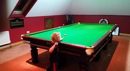 3-летний бильярдист Адам Уинн