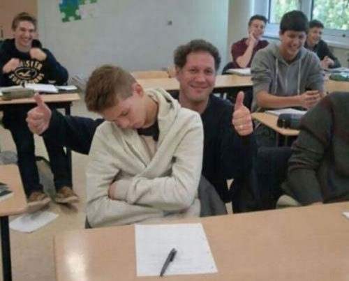 Преподаватели с чувством юмора (20 фото)