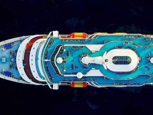 Круизные лайнеры в аэроснимках Джеффри Мильштейна (9 фото)