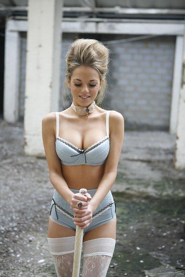 Сексуальные порно фото молодых девочек в нижнем белье 12 фотография