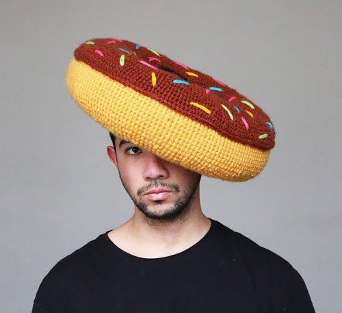 Гастрономические вязаные шляпы Фила Фергюсона (15 фото)