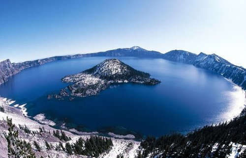 Топ-12: Самые загадочные озера планеты
