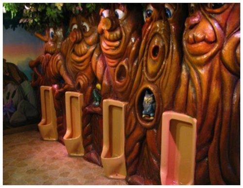 Необычные туалеты со всего света (15 фото)