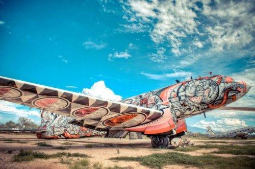 Авиационный стрит-арт в проекте The Boneyard (27 фото)