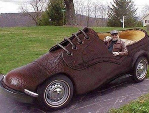 Необычные автомобили в виде обуви (10 фото)