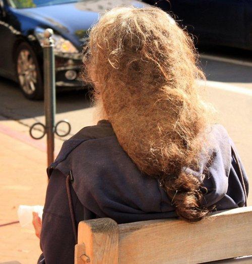 Люди, которым не нужны парикмахерские (18 фото)
