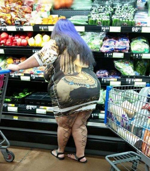 Чудаки и чудачества в Walmart (24 фото)