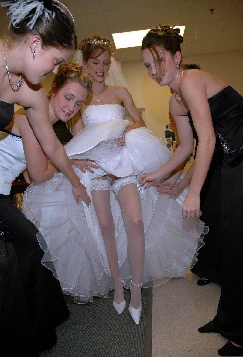 На свадьбе показала трусы, русское порно с толстожопыми девушками