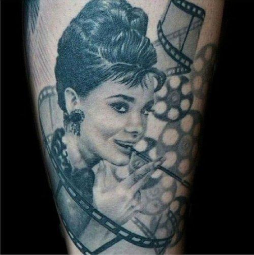 Татуировки со знаменитостями (27 фото)