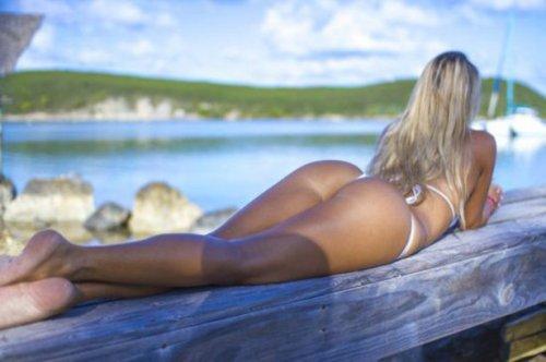 Сексапильные женские попки (29 фото)