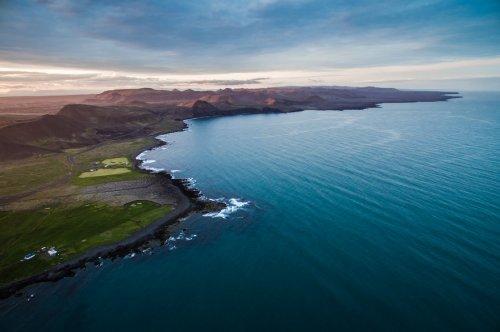 Живописная Исландия с высоты птичьего полёта (32 фото)