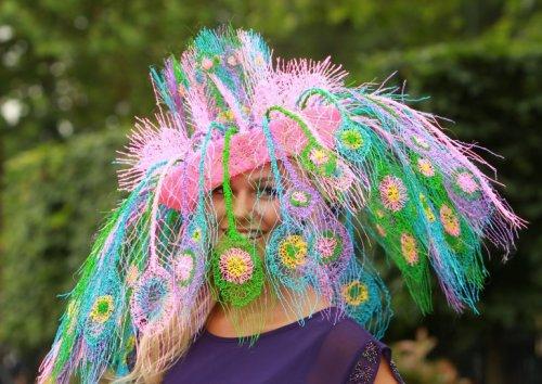 Смешные и прикольные шляпки на скачках Royal Ascot (26 фото)