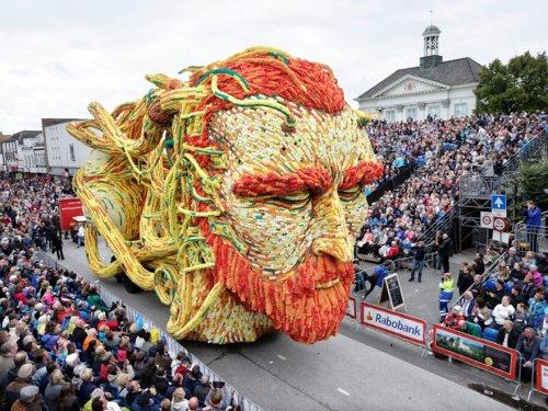 Парад цветов Bloemencorso Zundert 2015 (14 фото)