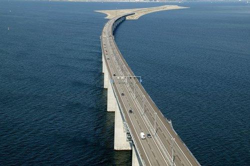 Эресуннский мост — уникальный мост, переходящий в подводный тоннель (8 фото)