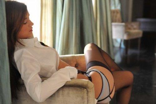 Соблазнительные красотки в нижнем белье (22 фото)