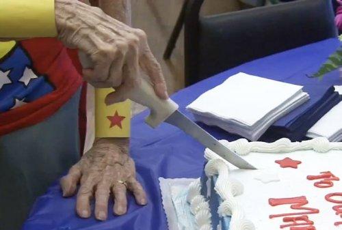 Мэри Коттер — 103-летняя Чудо-Женщина (2 фото + видео)