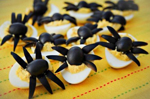 Блюда из яиц на Хэллоуин (10 фото)