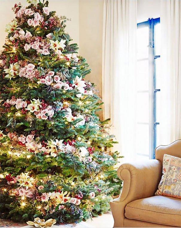 украшение елки цветами фото услуги