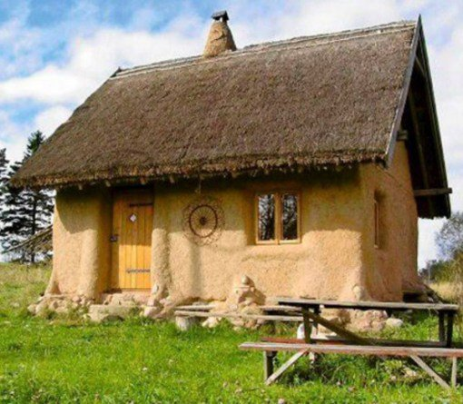 an introduction to straw bale homes Straw-bale construction is a building method the introduction of appendices s and r in the 2015 international residential code has helped the straw bale house.