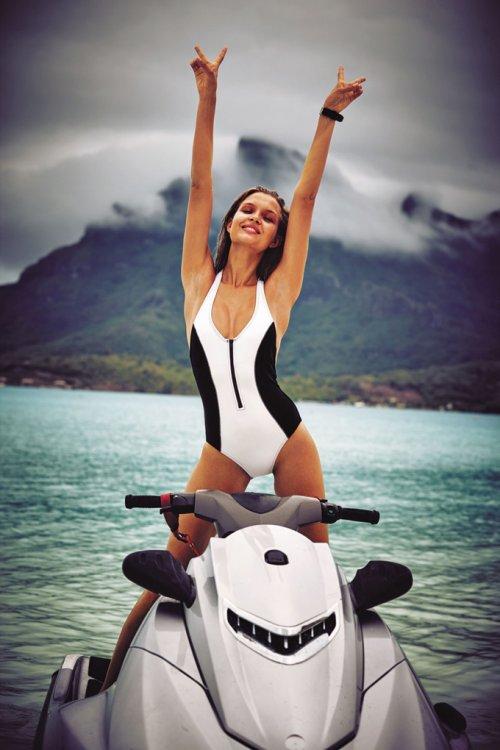 """Новая коллекция купальников от Victoria's Secret """"SWIM 2016"""" (16 фото)"""