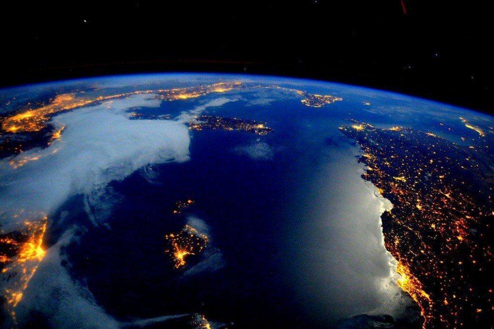 Фотографии земного шара с мкс