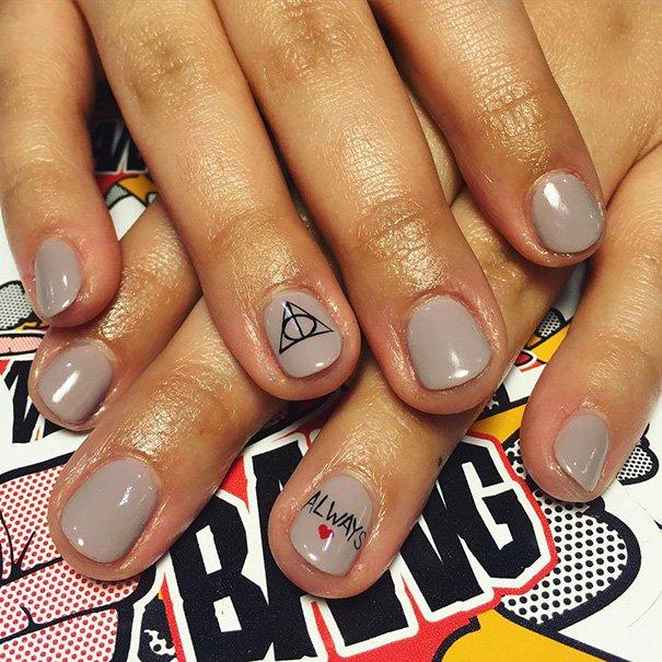 Дизайн ногтей реальное