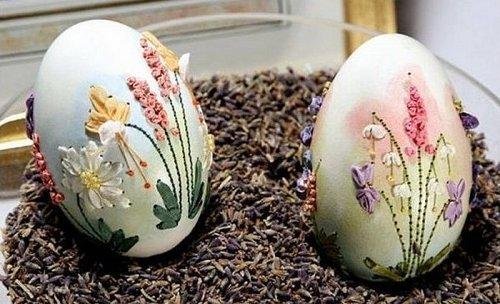 Цветочные шедевры на яичной скорлупе (6 фото)